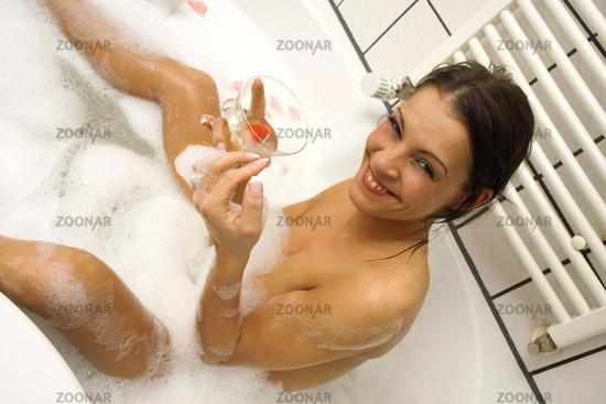 Wellness in der Badewanne | Holiday atthe Bathroom