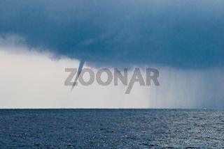 Tornado oder Wasserhose