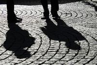 Schatten zweier Geschaeftsmaenner, Stockholm