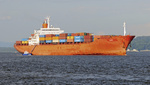 Containerschiff Power mit Lotsenboot