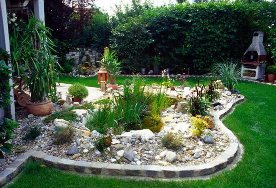 Foto Gartenteich an Terrasse Bild #87638