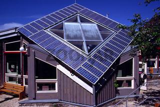 Ökohaus mit Photovoltaikanlage