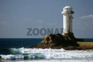 Leuchtturm an der Westseite der Ile de Sein