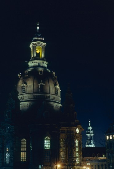 Frauenkirche mit Herrnhuter Stern