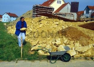 Baustoffe gewinnen für Steingarten