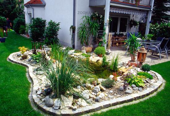 Foto Gartenteich an Terrasse Bild #87646