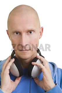 DJ mit Kopfhörern