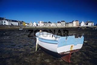 Hafen der Ile des Sein bei Ebbe
