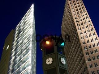 Uhrampel am Potsdamer Platz