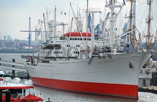 Kap San Diego Museumsschiff im Hamburger Hafen