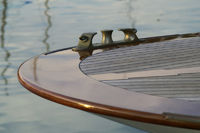 Decksbeschlag auf einer klassischen Yacht