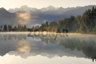 Mt. Tasman und Mt. Cook (Aoraki)