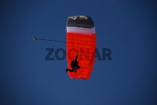 Fallschirmspringer 080715 1