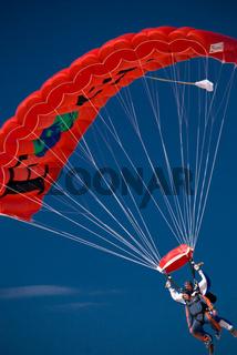 Fallschirmspringer 080803 59