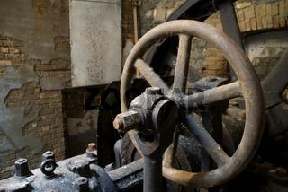 Rost und Zerfall in der Industrieruine