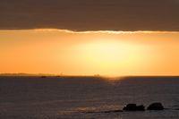 bretonische Küste im Abendlicht