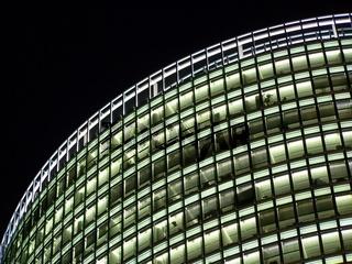 Beleuchtete Bürofenster (Potsdamer Platz)