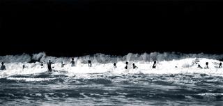 Bad in der Nordsee, Schwarz-weiß Foto