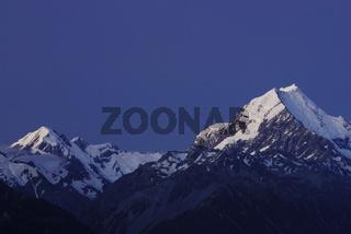 Mt. Cook (Aoraki) in der blauen Stunde