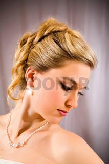 Schöne Braut.