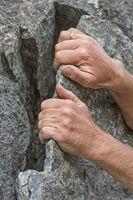 Piaztechnik an einer Felsschuppe