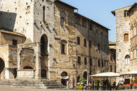 Platz in San Gimignano, Toskana, Italien