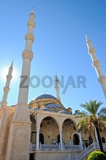 die Minarett Türme der blauen Moschee in Manavgat