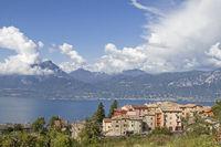 Häusergruppe in San Zeno di Montagna