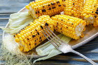 Sweet corn grilled with salt.