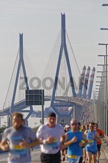Köhlbrandbrückenlauf 2015, Hamburg, Deutschland, Europa