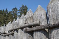 rekonstruierter Limes-Palisadenzaun in Mainhardt