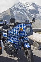 Bayrisches Motorrad auf Alpentour