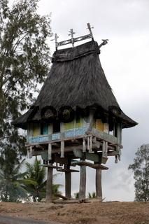 Traditionelles Haus in der Bergregion von Ilomar an der sued-ost Kueste von Timor auf der in zwei getrennten Insel Timor in Asien.