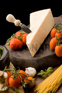 Ingredients for pasta with tomatoe sauce