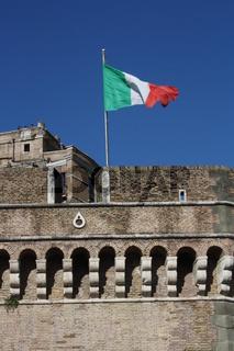 Rom, Engelsburg mit italienischer Flagge