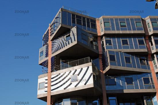 Foto Wdr-Arkaden, Buero-Container, Architekt Gottfried Boehm