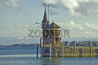 Hafeneinfahrt Konstanz  -  Fernsicht