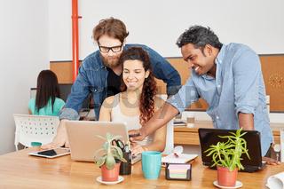 Kreatives Business Startup Team