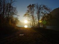 Gegenlichtstimmung am Sylvensteinsee