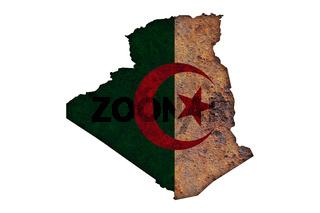 Karte und Fahne von Algerien auf rostigem Metall - Map and flag of Algeria on rusty metal