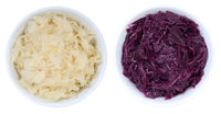 Sauerkraut und Blaukraut Weißkraut Kraut geschnitten von oben isoliert freigestellt Freisteller