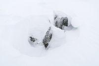 schneebdeckte Felsen, Lappland