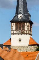 Blick auf die Kirche von Ulzigerode Harz