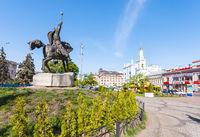 monument on Kontraktova Square in Kiev city