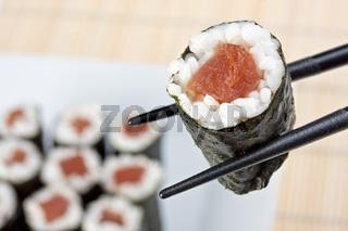 raw tunafish sushi