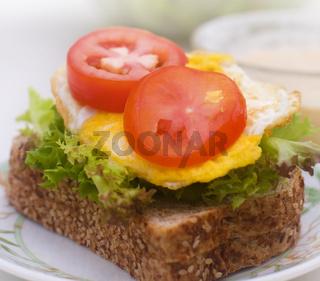 Egg sandwich plate