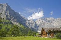 Almhütten in der Eng in Tirol