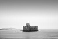 Kisimul Castle in der Bucht von Castle Bay