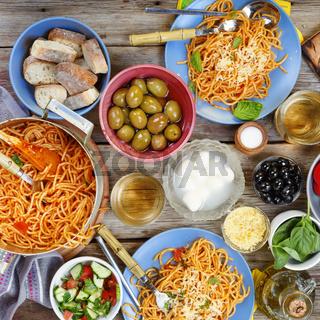 dinner  tanle. Traditional Italian dinner in the open air