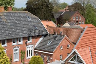 Dächer von Rysum in Ostfriesland